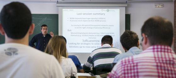 Una clase de inglés en la Universidad Politécnica de Cataluña (UPC).