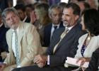 El Rey pide más apoyo económico para las universidades