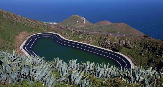Vista de la central hidroeólica Gorona del Viento.