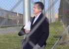 Jaume Matas sale de la cárcel de Segovia el 31 de octubre de 2014.