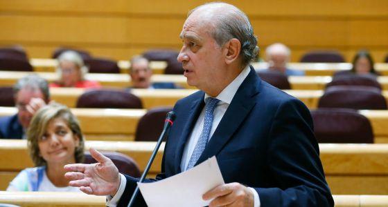 El ministro del Interior, Jorge Fernández Díaz, en el Senado.