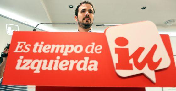 Alberto Garzón en la sede de Izquierda Unida