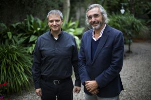 Pharmacologist Jordi Riba (left) and psychiatrist Josep Maria Fábregas.