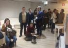 El fin del plazo para votar por correo desborda a las oficinas