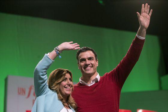Pedro Sánchez y Susana Díaz en un mitin en Torremolinos (Málaga) durante la campaña electoral.