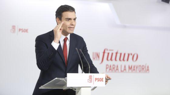 Sánchez, durante la rueda de prensa tras reunirse con Rajoy el miércoles.