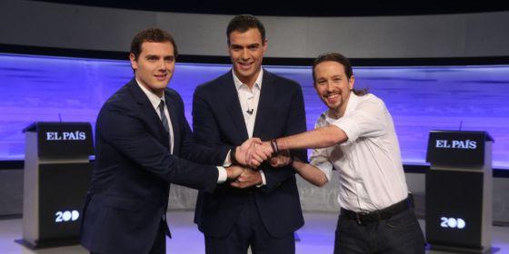 Rivera, Sánchez e Iglesias, en el debate organizado por EL PAÍS.