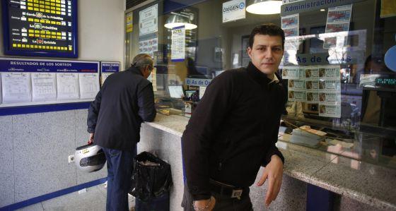 Pedro Blanco, un acertante de la lotería que ha montado una administración en Madrid.