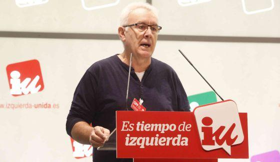 El coordinador general de IU, Cayo Lara, en el Consejo Político.