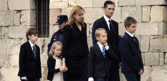La infanta Cristina con su esposo e hijos, en una imagen de 2012.