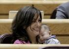 Las otras 'Bescansas': mujeres con sus hijos en otros parlamentos