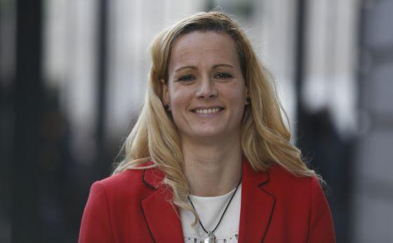 La comandante en retiro Zaida Cantera, tras prometer su cargo como diputada del PSOE.