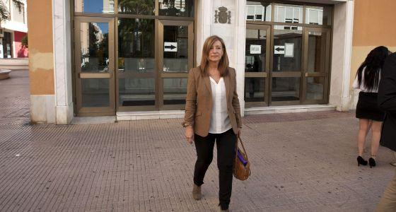 La exalcaldesa socialista de Jerez, Pilar Sánchez, en los juzgados en 2015.