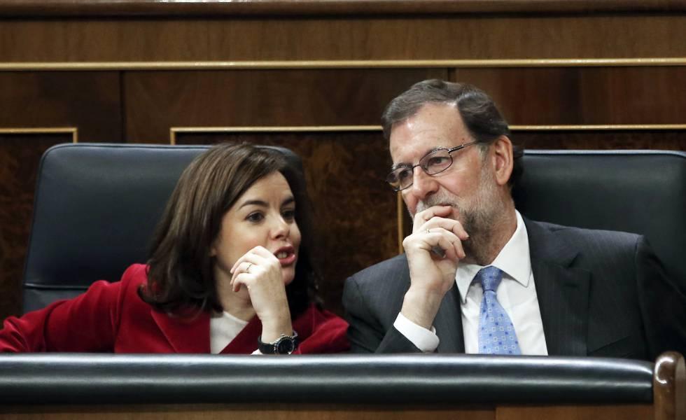 Soraya Saenz de Santamaria y Rajoy en el Congreso de los Diputados
