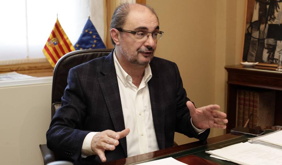 Javier Lambán durante la entrevista.