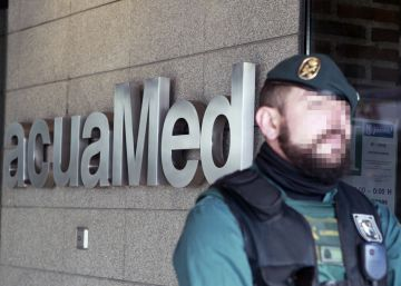 Medio Ambiente destituye a dos de los directivos de Acuamed detenidos