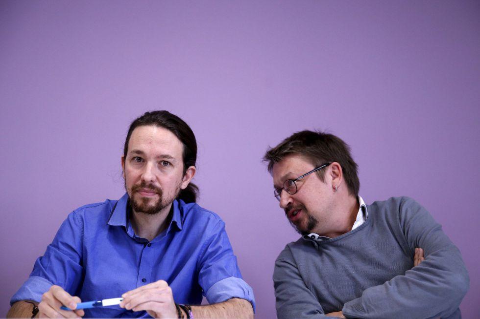 El líder de Podemos, Pablo Iglesias, y el de En Comú Podem, Xavier Domènech