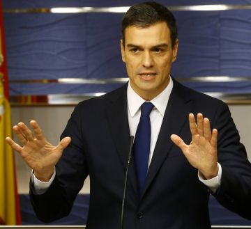 Socialist leader Pedro Sánchez in Congress on Friday.