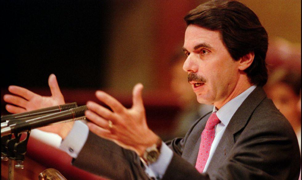 José María Aznar en su primer día del debate de investidura en mayo de 1996.
