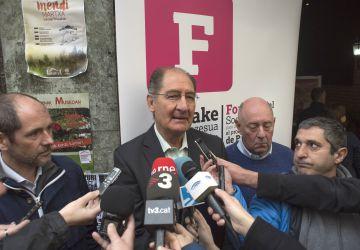 El abogado Brian Currin en el Foro Social en Gernika