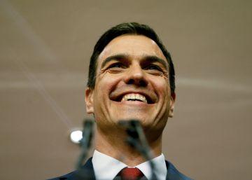 El Rey encarga a Sánchez que trate de forjar una mayoría de gobierno