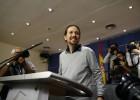 Pablo Iglesias en el Congreso de los Diputados tras su reunión con Pedro Sánchez, este viernes.