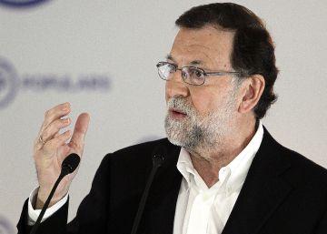 Rajoy intenta recuperar la iniciativa al reunirse con Sánchez y Rivera