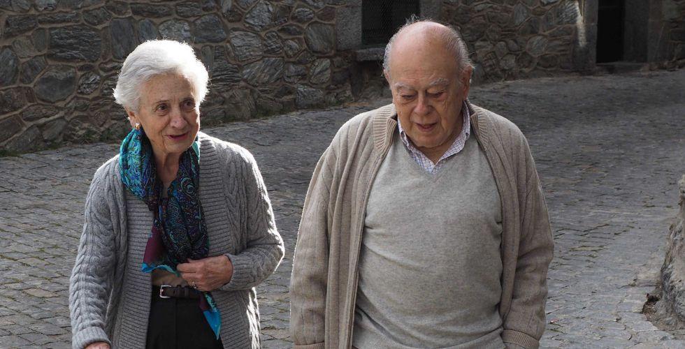 El expresidente catalán Jordi Pujol y su mujer, Marta Ferrusola.