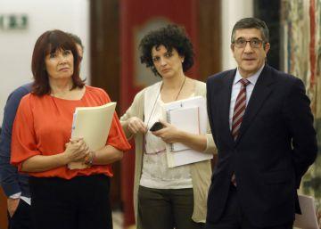 Rajoy ultima una 'oferta política' para negociar con Sánchez y Rivera