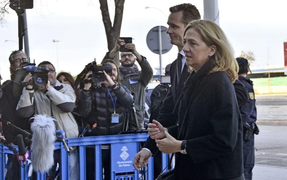 Urdangarin y la infanta Cristina a su llegada a los juzgados de Palma