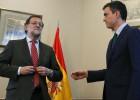 Rajoy niega el saludo a Pedro Sánchez, antes de la reunión.