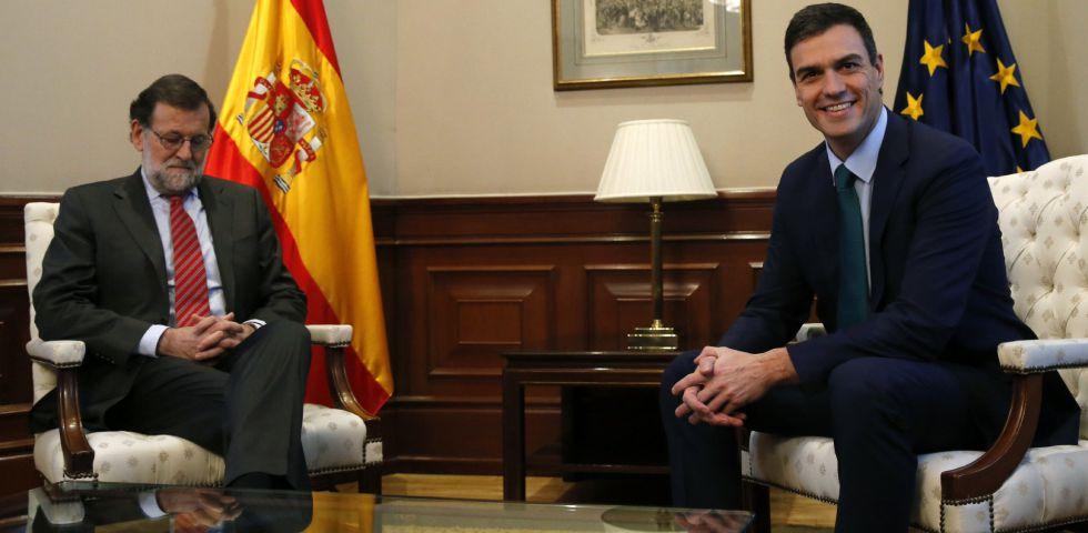 Mariano Rajoy y Pedro Sánchez, este viernes.