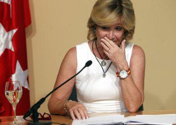 Esperanza Aguirre dimite y aumenta la presión sobre Rajoy
