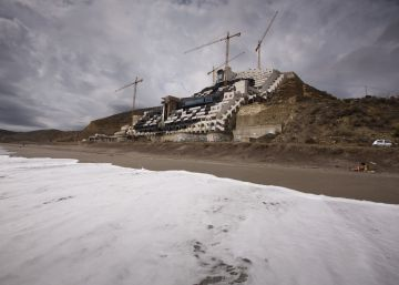 El Supremo condena a El Algarrobico a su desaparición