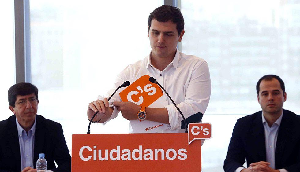 Albert Rivera durante la reunión con los portavoces regionales de Ciudadanos.