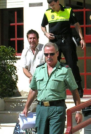 Gregorio R.J., cuando fue detenido en 2005 por la violación de su sobrina.