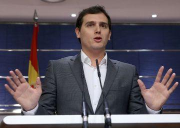 PSOE y Ciudadanos cierran un inicio de acuerdo que bloquea el PP