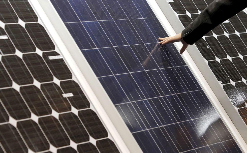 Varios modelos de placas solares.