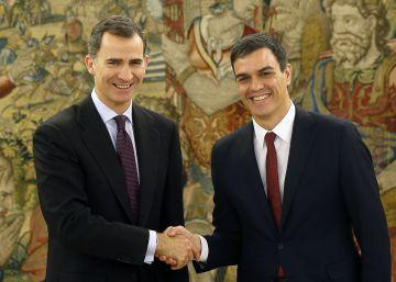 """Cospedal sobre Rajoy: """"En tiempos de zozobra, conviene no hacer mudanza"""""""