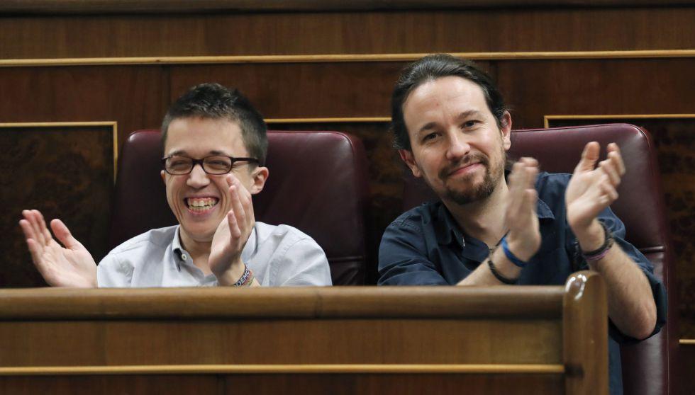 Pablo Iglesias e Íñigo Errejón este martes en el Congreso.