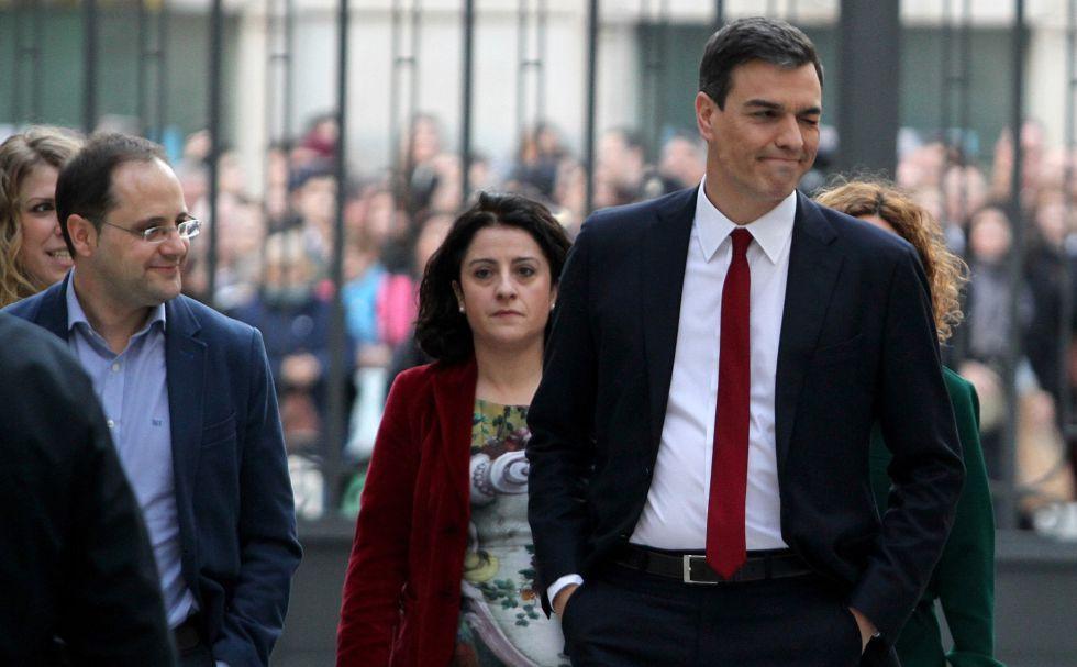 Sánchez, a su llegada al Congreso, este viernes.