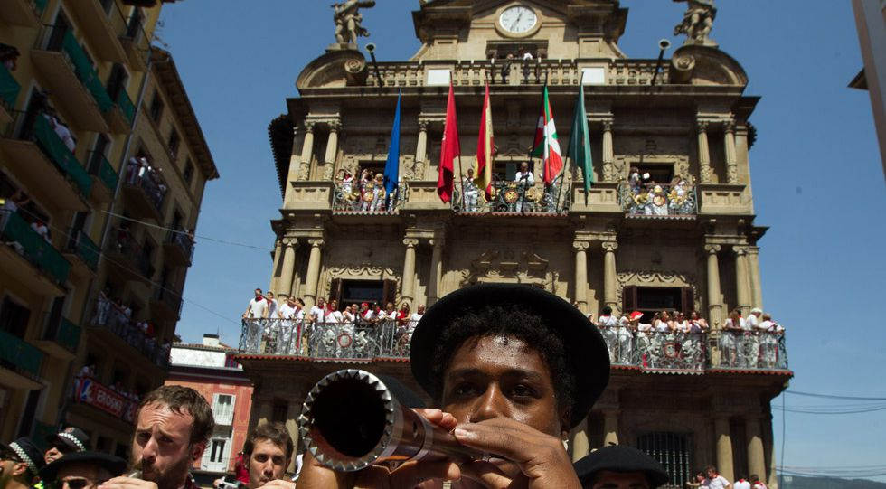 Fachada de la Casa Consistorial de Pamplona el 6 de julio de 2015.