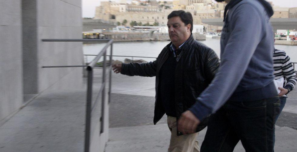 El viceconsejero de Festejos, Francisco Díaz, llega a los juzgados tras ser detenido en enero por la Guardia Civil.