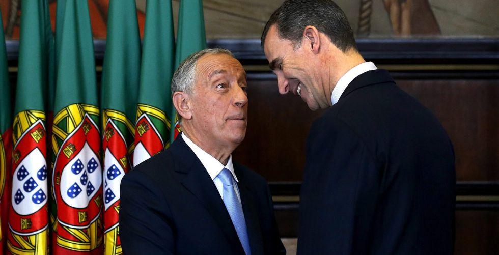 El Rey junto al nuevo presidente de la República de Portugal.