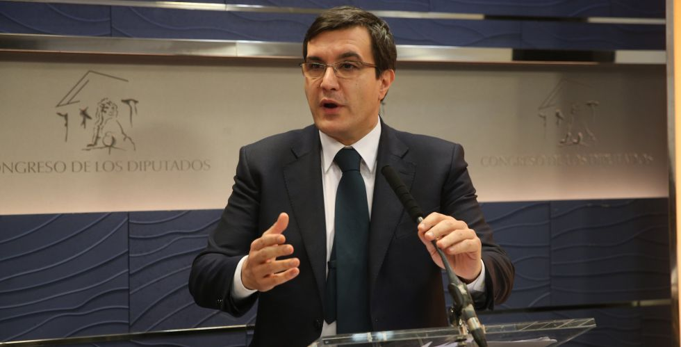 Luis Ayllón durante una rueda de prensa este jueves.