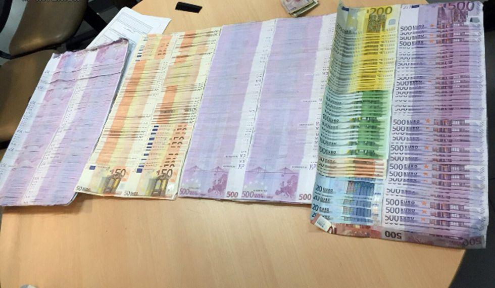 Dinero en efectivo intervenido en la operación Alas blancas.