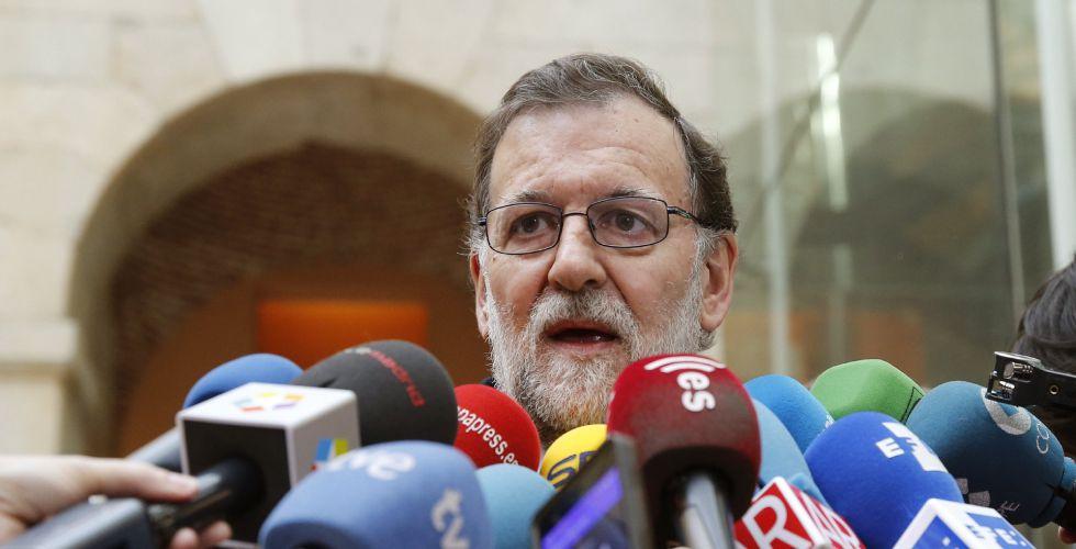 Rajoy durante los actos del 11-M este viernes.