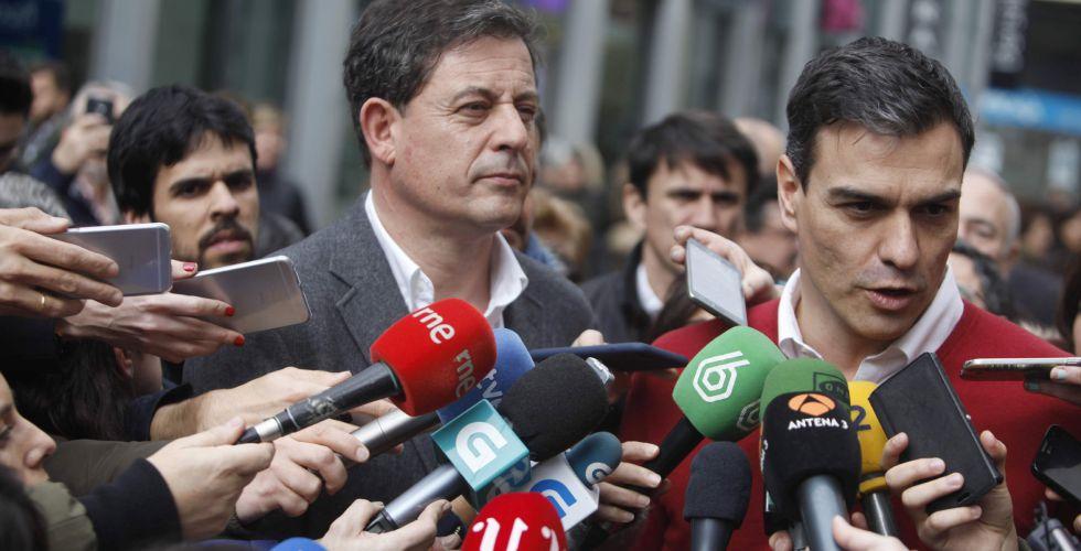 Gómez Besteiro y Pedro Sánchez, el jueves, en A Coruña.