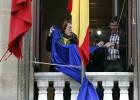 El Parlamento navarro retira la bandera de la UE por los refugiados