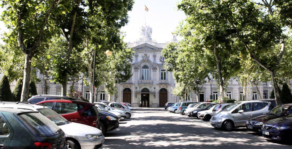 Fachada principal del Tribunal Supremo, en Madrid.